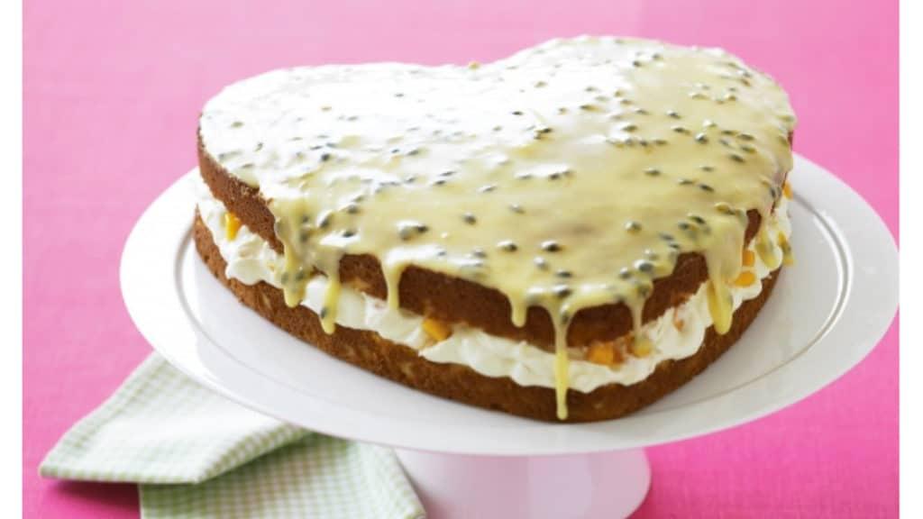 COCONUT MANGO CAKE
