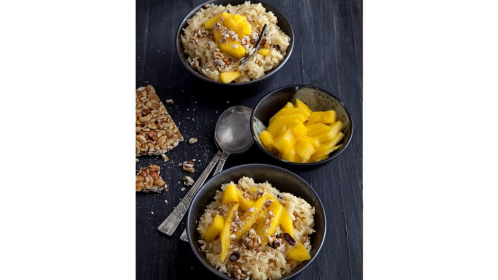 RICE PUDDING WITH CARDAMOM & MANGO AND CRUSHED CASHEW NUT BRITTLE